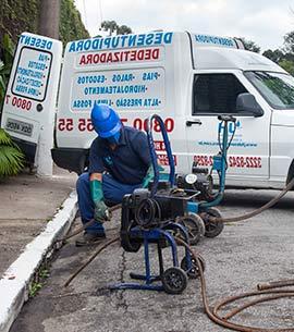 serviço-de-desentupimento-de-esgoto Serviço de limpa fossa em São Paulo