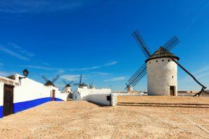 windmills-in-campo-de-criptana-spain_1398-2092-300x200 Limpa fossa