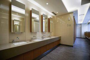 Como-desentupir-sem-quebrar-pisos-e-azulejos-300x200 Para desentupir é preciso quebrar pisos ou azulejos?