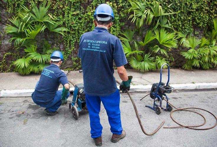 desentupidora-de-ralo-736x500 Faça um serviço e colabore com o Meio Ambiente